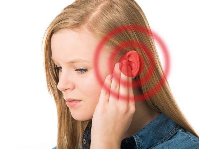Bấm huyệt chữa bệnh đau gót chân, đau mắt đỏ và bệnh ù tai